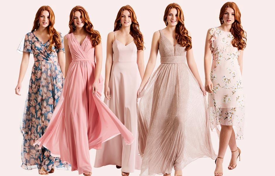 ae17ea98a98c Sådan styler du dine brudepiger i forskellige kjoler - men i samme  farveskala.