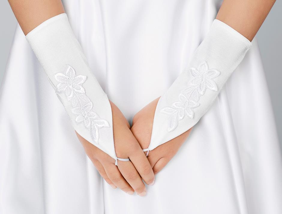 Gloves with embroidery