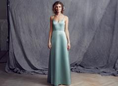 Ljusgrön satäng klänning