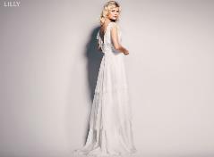 Brudekjole med V-udskæring