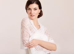 Knitted shawl (cream)