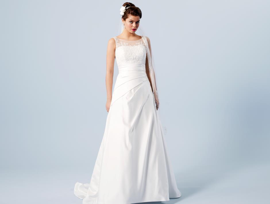 LILLY's Favorit Brudklänning 08-3613