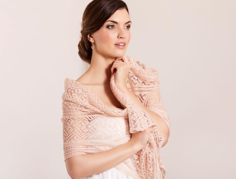 Knitted shawl (rose)